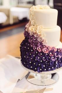 wedding photo - Beautiful Ombre Purple Wedding Cake.