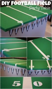 wedding photo - Easy Football Field Party Table