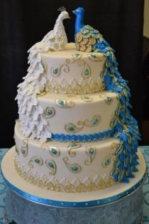wedding photo - Peacock Wedding Cake