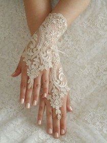 wedding photo - Gloves