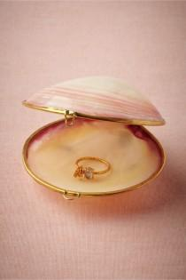 wedding photo - Anillo mar de Sulu Holder De BHLDN