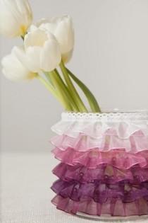 wedding photo - DIY: Ombre Ruffle Vase