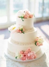 wedding photo - Wedding Cake With Pink And White Flowers