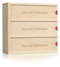 wedding photo - Anniversary Wine Box