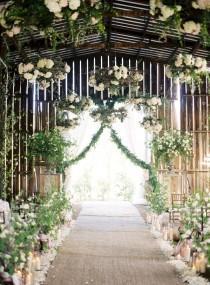 wedding photo - Beautiful Via Flowerwild Designs