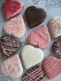 wedding photo - Brownies, mariage Brownie Coeurs 3 pouces Brownies enrobées de chocolat, rose, blanc, chocolat 12 coeurs à la main