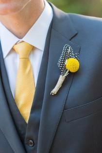 Anzug fliege gelb