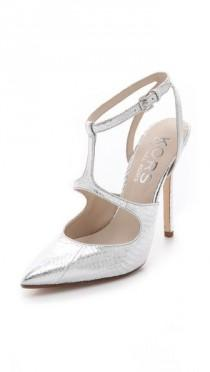 wedding photo - Weddings-Bride-Shoes