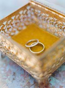 wedding photo - Boda y anillos de compromiso