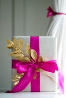 wedding photo - Gift Wrapping