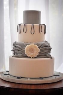 wedding photo - Gallantly Gray