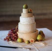 wedding photo - Cheese Wedding Cake