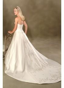 wedding photo - A-line Sweetheart Strapless Embroidery Empire Sweep-train Floor-length Wedding Dresses WE1631