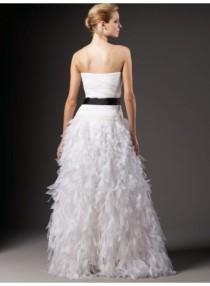 wedding photo - A-Line Strapless Bow Belt Ruching Floor-length Organza Wedding Dresses WE4051