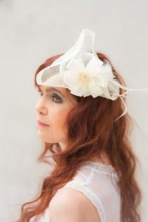 wedding photo - E.so.za bridal mini tricorn champagne