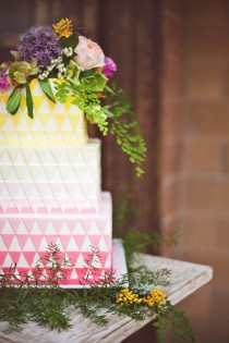 wedding photo - Geometric Ombre Wedding Cake