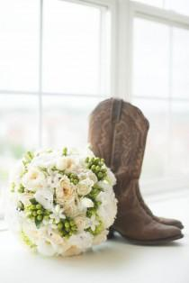 wedding photo - Rustic Wedding Chic Ontario Granero, Country Heritage Park
