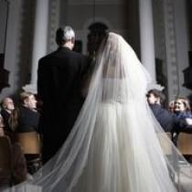 wedding photo - Comment trouver le bon voile de mariage pour votre robe de mariage