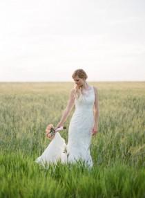 wedding photo - Rústico DIY Wedding Saskatchewan Granja
