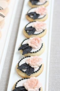 wedding photo - Cookies Creative