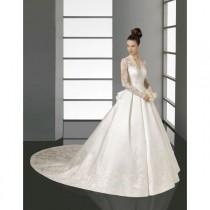 wedding photo - 2014 Ball-gown Long Sleeves Lace Satin Wedding Dress