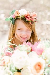 wedding photo - 10 DIY Floral Crowns