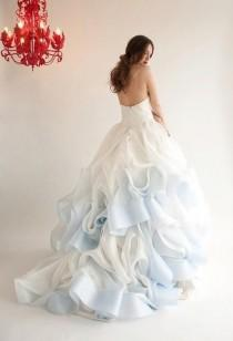 wedding photo - 50 Gorgeous Wedding Dress Details That Are Utterly To Die For