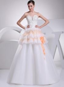 wedding photo - sweetheart wedding dress