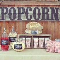 wedding photo - Burgundy Wedding Theme Ideas