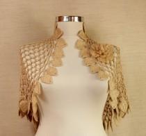 wedding photo - Land Of Dreams / Crochet Shrug With Flower Brooch Caramel-Gold Short Sleeve Bolero Jacket Cardigan Wedding Bridal Shrug Bolero S M L