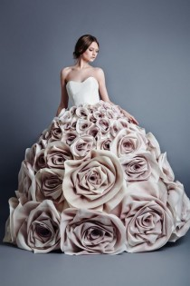 wedding photo - Roses Wedding Inspiration