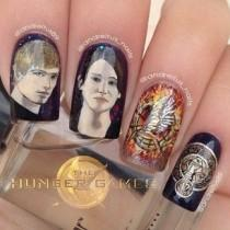 wedding photo - 26 Incredibly Detailed Nail Art Designs