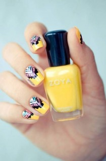wedding photo - Girly Pink And Yellow Pastel Floral Nail Art Tutorial