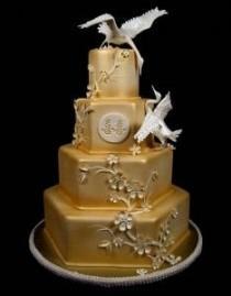 wedding photo - White & Gold Wedding Cakes