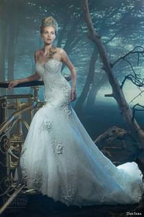 wedding photo - Sleeveless Wedding Gown Inspiration