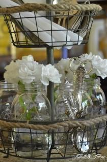 wedding photo - A Casual Elegant Mason Jar Centerpiece