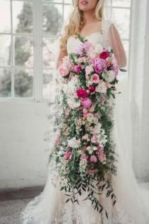 wedding photo - Vintage Pink   Gold Bridal Inspiration