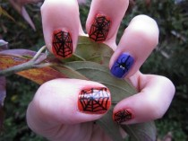 wedding photo - Itsy Bitsy Spider Halloween Nail Art Tutorial