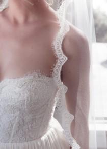wedding photo - Delicate Alencon Lace Border Bridal Wedding Veil, Chantilly Fringe Lady Eyelash Lace, Bridal Illusion Tulle, Style: Lil' Lady Eyelash #1102