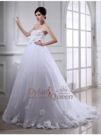 wedding photo - Cute Ball Gown Beading Hand-made Flower Organza Wedding Dress with Sash