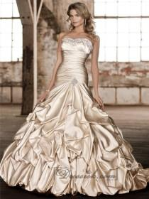 wedding photo - Stunning Fit and Flare Beading Sweetheart Pleated Wedding Dresses