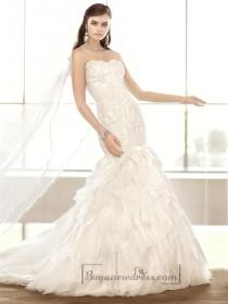 wedding photo - Strapless Sweetheart Lace Appliques Bodice Wedding Dresses with Textured Skirt