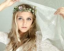 wedding photo - Soft, Sweet & Feminine Boudoir Shoot