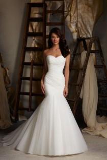 wedding photo - 30 Gorgeous Gowns Under $1,000