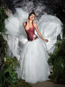 wedding photo - Christmas Themed Wedding Inspiration