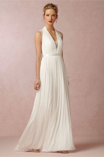 wedding photo - Wing Gown