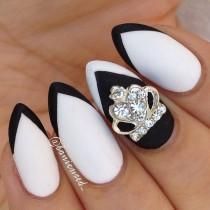 wedding photo - Stilleto Nails