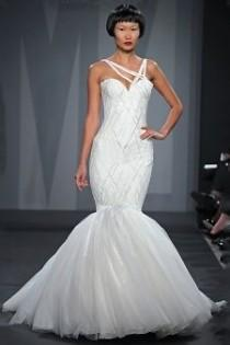wedding photo - Sleeveless Wedding Gown Inspiration