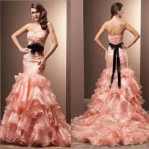 wedding photo - Sexy Sweetheart Strapless Mermaid Wedding Dresses Organza Ruffled Bow Feather Bridal Gowns Wedding Dress Vestidos De Noiva, $113.53