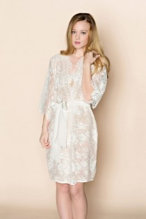 wedding photo - Swan Queen Scalloped Lined Bridal lace & silk kimono getting ready robe in blush